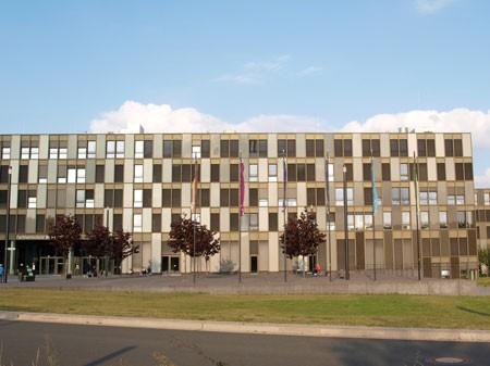 Die Bilanz der Fachhochschule Bielefeld ist positiv: Eine steigende Anzahl an (ausländischen) Studierenden sorgt für mehr Vielfalt und steigert das Potential der Bildungsstätte. (Foto: JN)