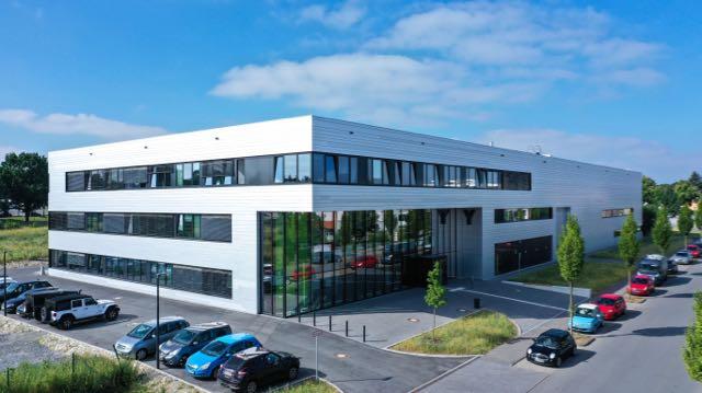 """Außenansicht des Gebäudes """"Y"""" am Mersinweg. Universität Paderborn, Kamil Glabica"""