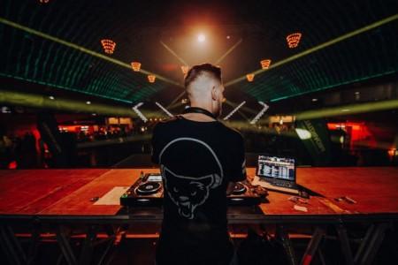 Auch 2019 heizt DJ Michael Great der Landjugend mit Partyhits und Clubsounds in der Großen Halle ein.Foto:(C)Redhead