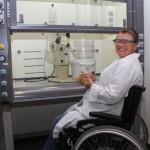 Chemielabor für Studierende und Mitarbeiter mit körperlicher Beeinträchtigung