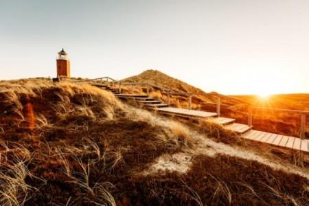 Strand auf Sylt mit Leuchtturm, Foto: Presse Sylt - Marketing