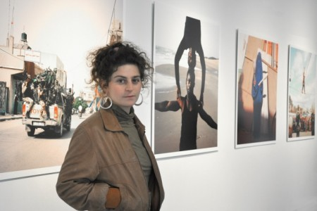 """Friedenspreistraegerin Fritz (Copyright: Johanna Maria Fritz, Gewinnerin des """"Deutschen Friedenspreis für Fotografie""""; © Museumsquartier Osnabrück)"""