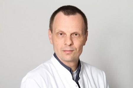 Dr. Johann Lange, Facharzt für Innere Medizin und Leiter der Onkologie am Klinikum Herford referiert am 19.11. im Klinikum, Foto: Stadt Herford