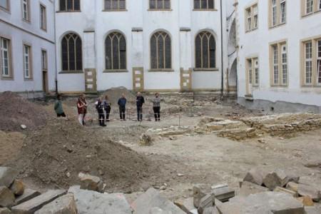 Jeden ersten Mittwoch im Monat geht es auf einem Stadtrundgang zu vergangenen und aktuellen Grabungen der Stadtarchäologie Paderborn. Foto: LWL/ T. Lodemann