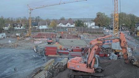 Bis zur geplanten Fertigstellung Ende 2020 kann man nun zusehen, wie Höxters neues Hallenbad entsteht. Foto: Stadt Höxter