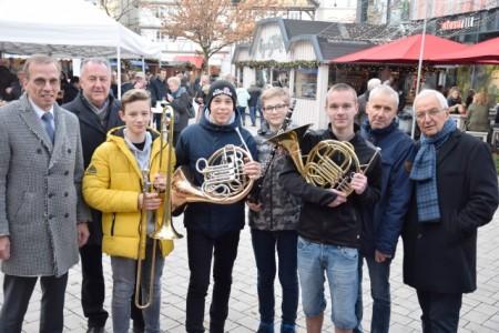 Alexander Fischer, Jürgen Knabe, Lukas, Camillo, Julius und Lukas, Martin Leins und Klaus Töpfer (1), Foto: Stadt Höxter
