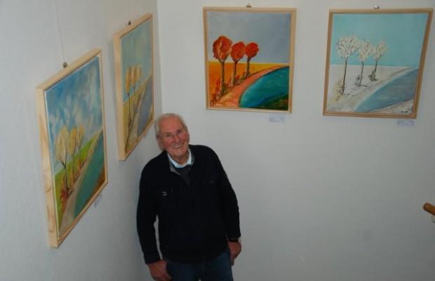 Der Künstler Hans Lipowicz stellt im Kreishaus seine Werke aus, Foto: Kreis Herford