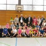 """Übergabe """"Pokal des Landrates 2019"""" an die Grundschule Knetterheide"""