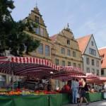Wochenmarkt-Angebot in der Bielefelder Altstadt