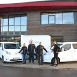 Kreis übergibt zwei E-Fahrzeuge an Lippe Tourismus & Marketing GmbH