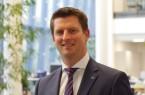 AOK-Serviceregionsleiter Matthias Wehmhöner hat gute Nachrichten für seine AOK-Versicherten: Der Zusatzbeitrag bleibt stabil bei 0,9 Prozent. Foto: AOK/hfr.