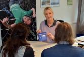 Andrea Schadomsky vom Sozialpsychiatrischen Dienst des Kreises berät Angehörige von Essgestörten, Foto: Kreis Paderborn