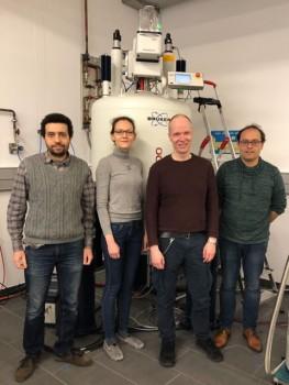 Sind nun Teil der Netzwerkinitiative, die sich mit Spin-Eigenschaften beschäftigt (v. l.): Dr. Hossam Elgabarty, Dr. Svetlana Pylaeva, PD Dr. Hans Egold und Prof. Dr. Thomas D. Kühne. Foto Karin Stolte