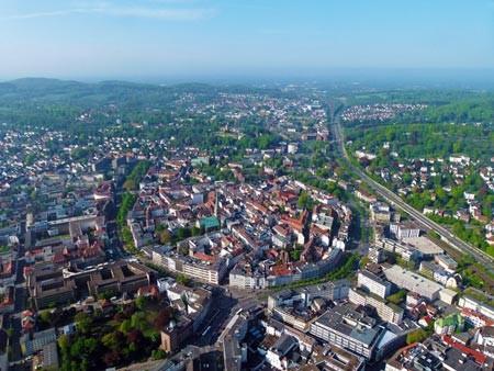 Foto (Bielefeld Marketing): Noch nie kamen so viele Hotelgäste nach Bielefeld wie 2019
