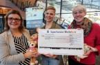 Bielefeld Marketing und BITel unetrstützen mit 3.000 Euro ein Schwimmprojekt