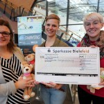 Bielefeld Marketing und BITel unterstützen Schwimm-Projekt