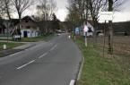 Fahrbahneinbauten und Fahrbahnteiler zur Geschwindigkeitsverringerung werden nach der Sanierung wiederhergestellt. Fotos: Kreis Paderborn
