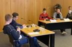 Im Eifer der Diskussion: Schüler des FLB diskutieren in der Finalrunde, Foto: Kreis Herford
