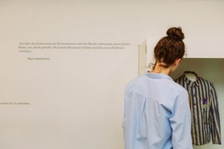 Bildunterzeile: Erfahrungen der Häftlinge im Konzentrationslager (Foto: Lina Loos, © Kreismuseum Wewelsburg)
