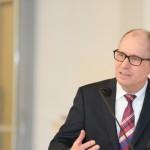 Corona-Testung nur nach Richtlinien des Robert-Koch-Instituts