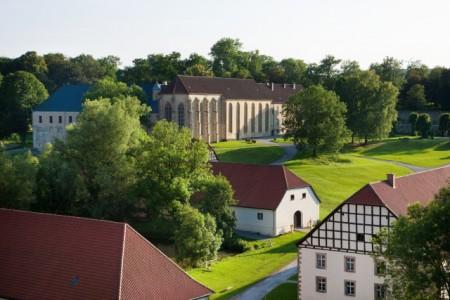 """Das LWL-Landesmuseum für Klosterkultur, Stiftung Kloster Dalheim wirft auf seinen Social-Media-Kanälen einen Blick auf das """"rechte Maß"""", wie es in der Regel des Heiligen Benedikt formuliert ist. Foto: LWL/Lechtape"""