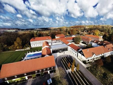 Das Gräflicher Park Health & Balance Resort muss aufgrund der Corona-Epidemie vorübergehend für Touristen schließen. Foto: Unternehmensgruppe Graf von Oeynhausen-Sierstorpff GmbH & Co. KG Holding