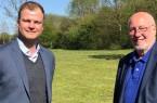 Foto (v.r.): Elmar Volkmann (Vorsitzender des Wirtschaftsrates) mit Fabian Wohlgemuth.