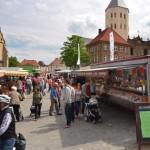 Stadt appelliert: Wochenmärkte mit Maske besuchen