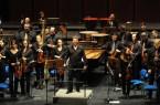 Dieses Bild gibt es zurzeit nicht: Die Nordwestdeutsche Philharmonie auf der Bühne der Paderhalle. Aber viele Abonnentinnen und Abonnenten spenden das Eintrittsgeld für die entgangenen Konzerte an den Förderverein des Orchesters.Foto:© Nordwestdeutschen Philharmonie