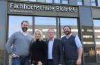 Unterstützen Gründungsinteressierte an der FH Bielefeld: Prof. Dr. Tim Kampe, Dr. Stefanie Pannier, Prof. Dr. Uwe Rössler und Martin Kalis (von links). Foto: FH Bielefeld / Verena Kukuk