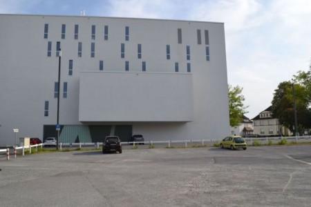An dieser Stelle wird das neue AuKuKi – das Autdoor-Kultur-Kino stattfinden.. Foto: Stadt Gütersloh