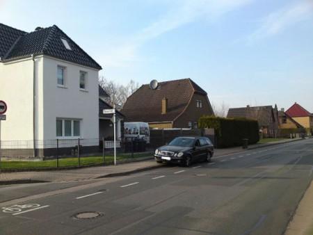 falschgeparktes Auto (Foto: Stadt Minden)