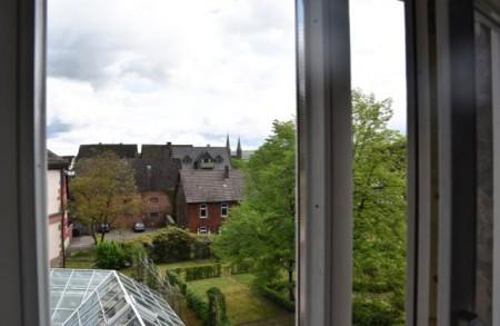 Alle Höxteraner sind aufgerufen, ihren Blick auf die Stadt durchs Fenster zu fotografieren..Foto: Landesgartenschau Höxter