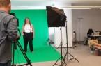 Aktuell werden im neu eingerichteten Greenscreen-Studio der Stadtverwaltung Videos gedreht (Foto: Tatjana Poloczek und Max Rohland).Foto:© Stefan Hermanns