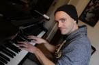 Musik am Klavier per Livestream.Foto:Stadt Gütersloh
