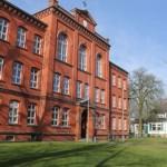 Volkshochschule öffnet schrittweise wieder