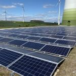 Bei Lichtenau ist eine Photovoltaikanlage  im Windpark errichtet worden