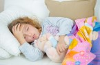 Säuglinge und Kinder in Bielefeld sollten weiterhin gegen Keuchhusten geimpft werden. Auch Erwachsene sollten die Auffrischungsimpfung nicht vernachlässigen. Foto: AOK/hfr, auch: Phovoir