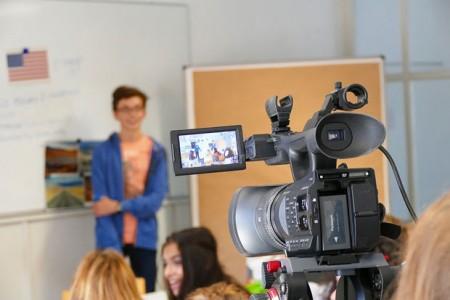 Die Bildungsstätte Haus Neuland in Bielefeld-Sennestadt bietet verschiedene Sommerferiencamps für Jugendliche an. (Foto: Haus Neuland)