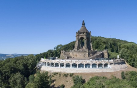 Luftbild des Kaiser-Wilhelm-Denkmals. (Foto: LWL/Hübbe)