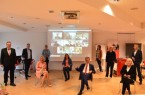 Vertreter der Jury nach der digitalen Preisverleihung mit den vier Gewinnerteams (v.l.n.r.): Nico Clasing (Stadtsparkasse Rahden), Oliver Flaskämper (Dienstleistungsausschuss IHK Ostwestfalen), Prof. Dr. Anne Dreier (Fachhochschule des Mittelstands), Petra Spier, Prof. Dr. Birka von Schmidt (VDI OWL), Hubert Böddeker (Sparkasse Paderborn-Detmold), Sonja Pult (Founders Foundation), Yvonne Groening (my consult), Prof. Dr. Ingeborg Schramm-Wölk (Fachhochschule Bielefeld) und Herbert Weber (OstWestfalenLippe GmbH)..Foto: