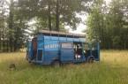 Übertragungswagen vom Theaterlabor: Von hier aus werden die beiden Kameraperspektiven live geschnitten. (Foto: Joshua Eulitz)