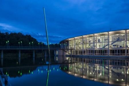 """Das Werk """"Zonnestraal"""" des Künstlers Jan van Munster in Bocholt gehört zu den 700 Kunstwerken, die die NRWskulptur-App vorstellt. Foto: Thorsten Arendt"""