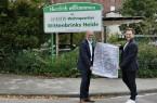 Starke Partner: BITel-Geschäftsführer Thomas Primon und Lars Lippelt, Geschäftsführer der KHW Kommunale Haus und Wohnen GmbH (v.li.).Foto: Kreis Gütersloh