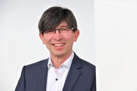 Prof. Dr. Gunther Olesch. Foto: IHK-Akademie Ostwestfalen