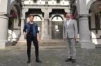 """Der Paderborner Drag-Künstler Savvas alias Yoncé Banks, Siegerin der ersten Staffel """"Queens of Drag""""(ProSieben), zu Gast bei Bürgermeister Michael Dreier. Foto:© Stadt Paderborn"""