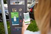 Mit dem Anbieter Park Now steht den Paderbornern ab Samstag, 22. August 2020, ein weiteres Handy-Parksystem zur Verfügung. Foto: © Park Now
