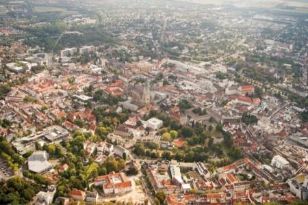 Im Juni sind die Einwohnerzahlen der Bevölkerung mit Hauptwohnsitz in der Stadt Paderborn im Vergleich zum Vormonat gesunken. 152.536 Menschen hatten bis zum 30. Juni 2020 ihren Hauptwohnsitz in Paderborn gemeldet. Dies sind 182 Personen weniger als im Mai. Foto: © Stadt Paderborn