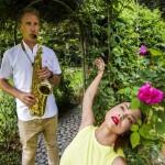 Musik und Tanz im Rosenlabyrinth