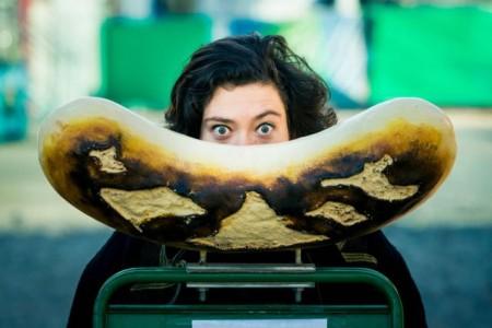 """Es geht um die Wurst: Die neue Eigenproduktion """"Oinkonomy"""" des Theaters Gütersloh. (Foto: Lucien Hunziker)"""